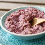 Porridge cu zmeura, nuci si cocos