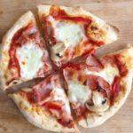 Pizza cu aluat fara framantare