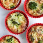 Sufleu de broccoli cu branza