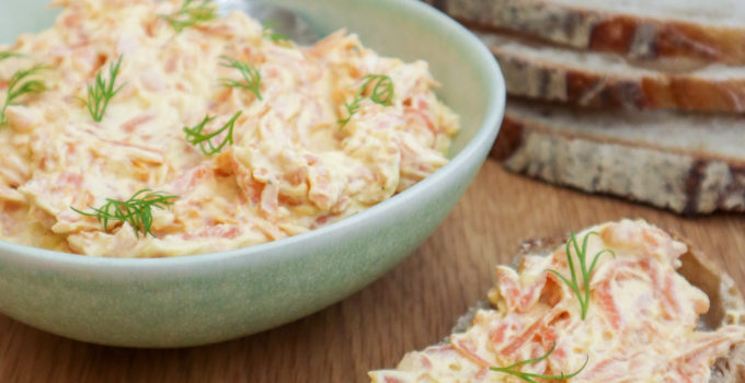 Salata turceasca de morcovi cu iaurt